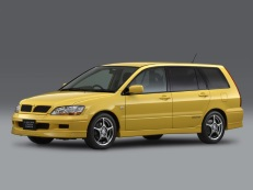 Mitsubishi Lancer Cedia Wagon 2000 model