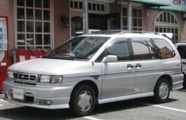 Nissan Prairie Joy 1995 model